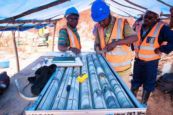 Core logging by field geologist - December 2020